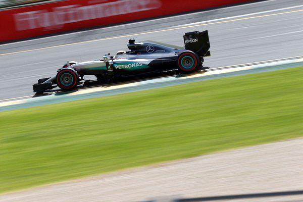 F1  – MercedesAMGF1 Twitter Account