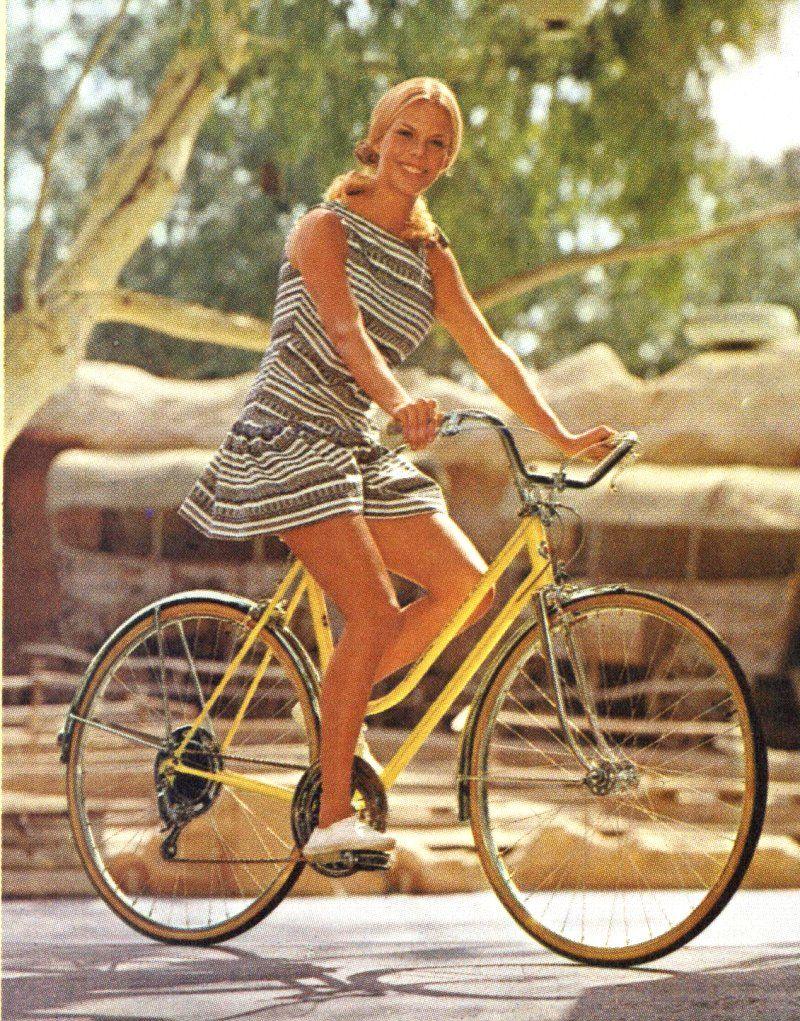 Image Result For Short Skirt On Bike Bicycles N Skirts