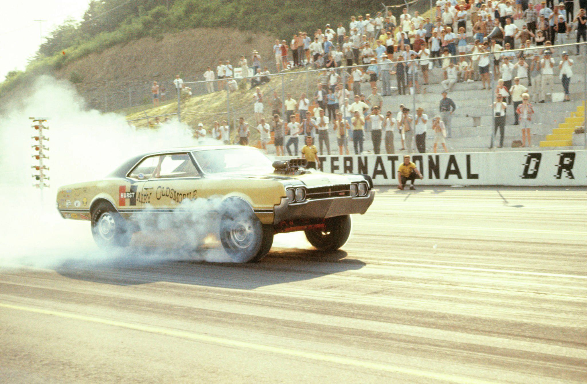 The Golden Age Of Drag Racing Part 1 Drag Racing Drag Cars Drag Racing Cars