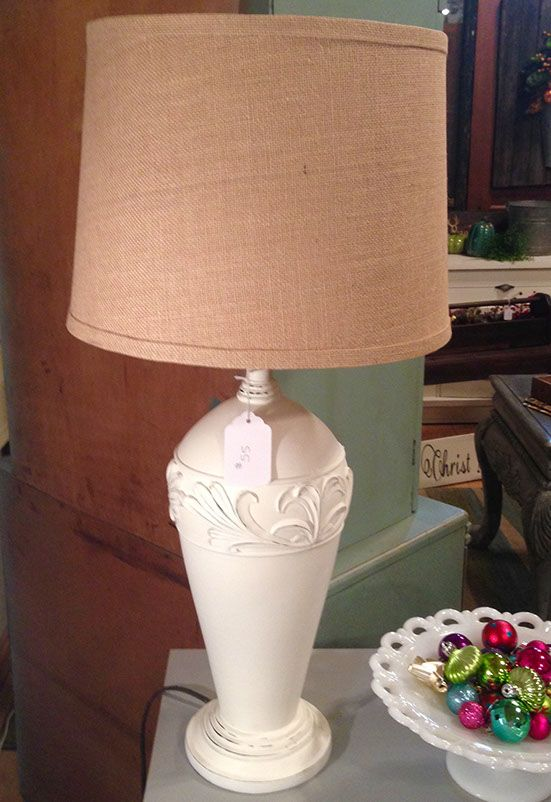 Lamp With A Burlap Shade And Old White Chalk Paint Lamp Makeover Lamp Burlap Lampshade