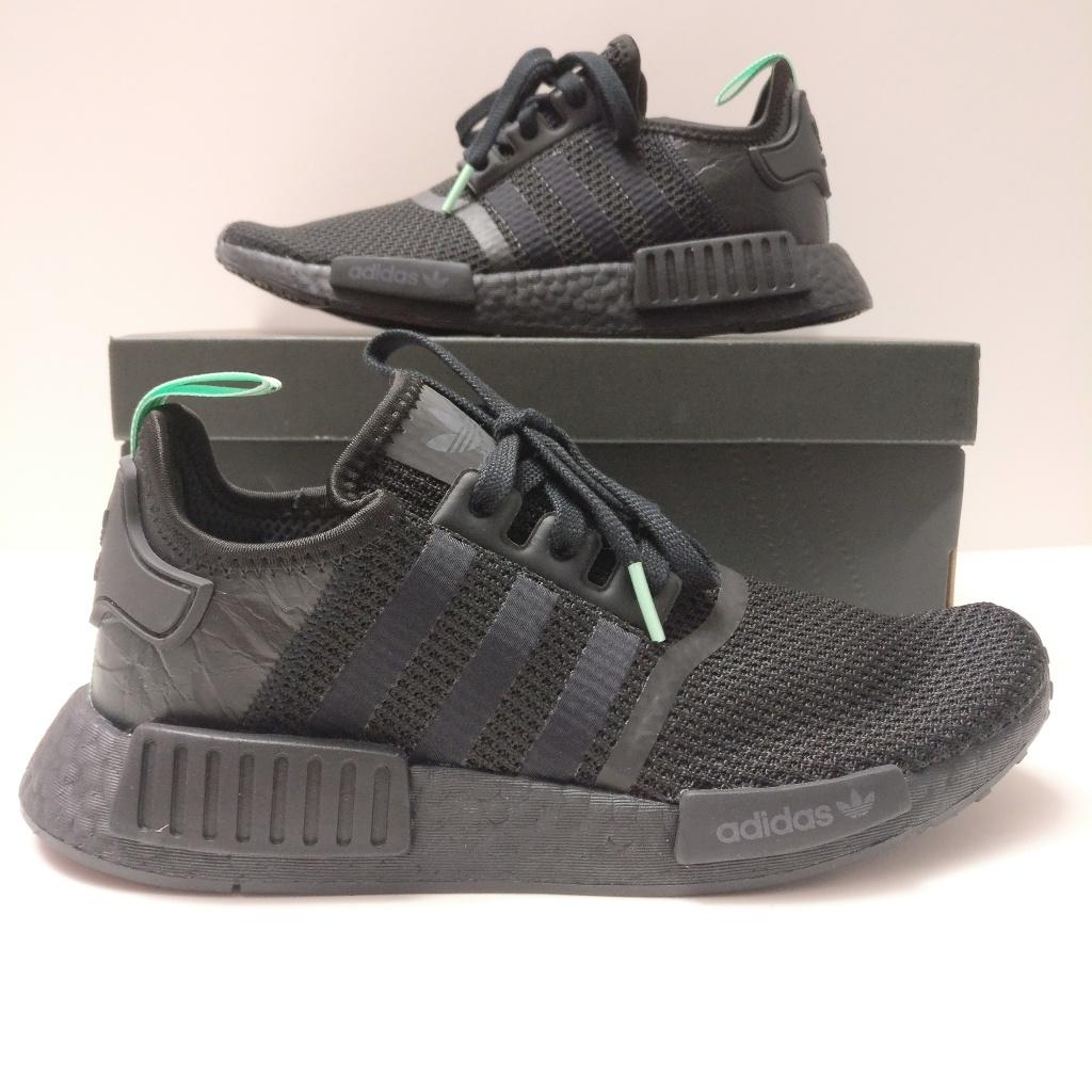 Womens Adidas Nmd R1 Mint Glow Black Green Nwt Adidas Nmd R1