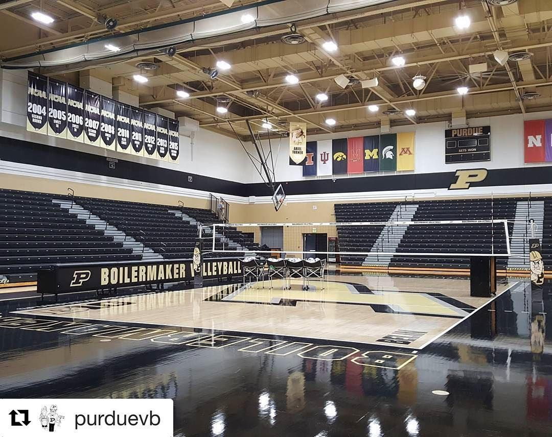 Purdue Volleyball - CO8 Volleyball Poles - #SICarbonNation