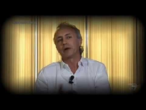 Processo Ruby: Marco Travaglio spiega perchè è stato assolto Berlusconi. - YouTube