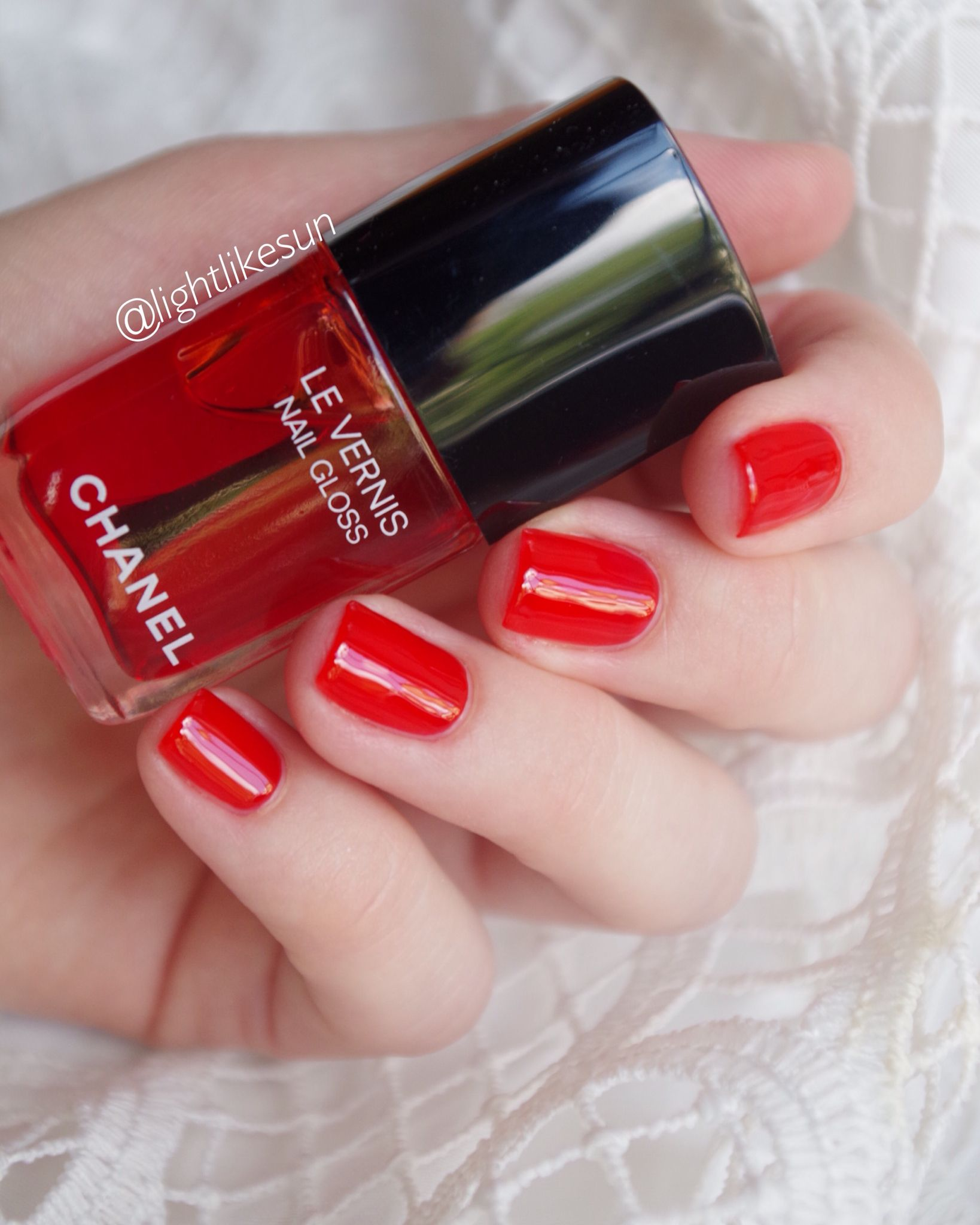Pin On Chanel Le Vernis