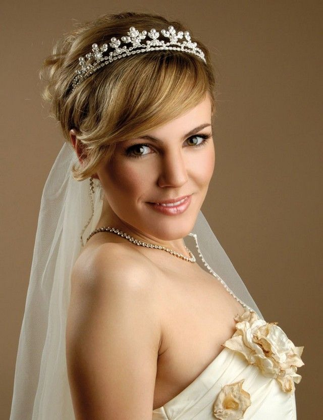 Acconciature sposa capelli corti pinterest