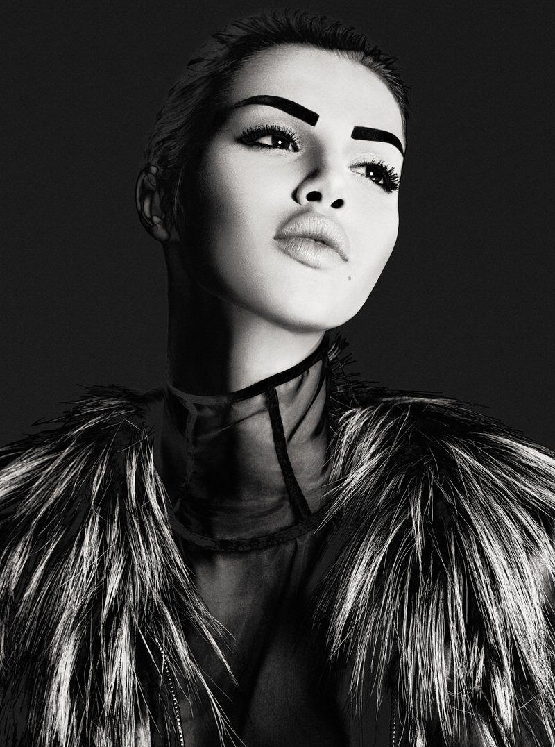 Anais Pouliot photographiée par Nelson Simoneau pour Dress to Kill.