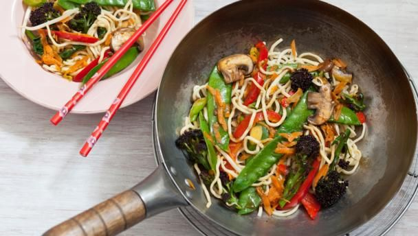 Easy chow mein for kids recipe chow mein stir fry vegetables bbc food recipes easy chow mein for kids forumfinder Images