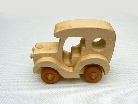 Little Old Antique Delivery Truck Wood Toy Madera Juguetes De