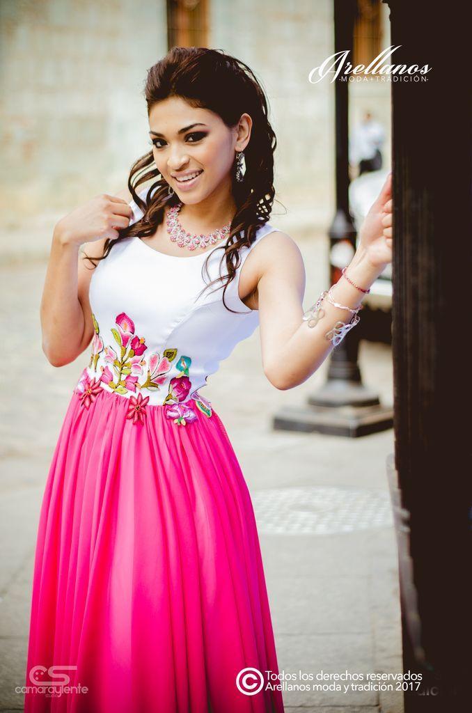 Amaranta Dos Colores - Arellano\'s - Folklor a la Moda Tela: Tafeta ...