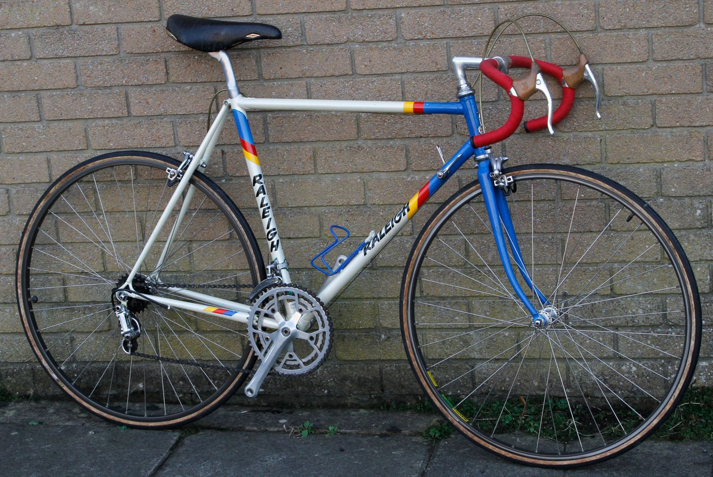 1983 Raleigh Team Replica Raleigh Bicycles Road Bikes