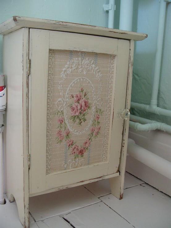 Pretty little cupboard