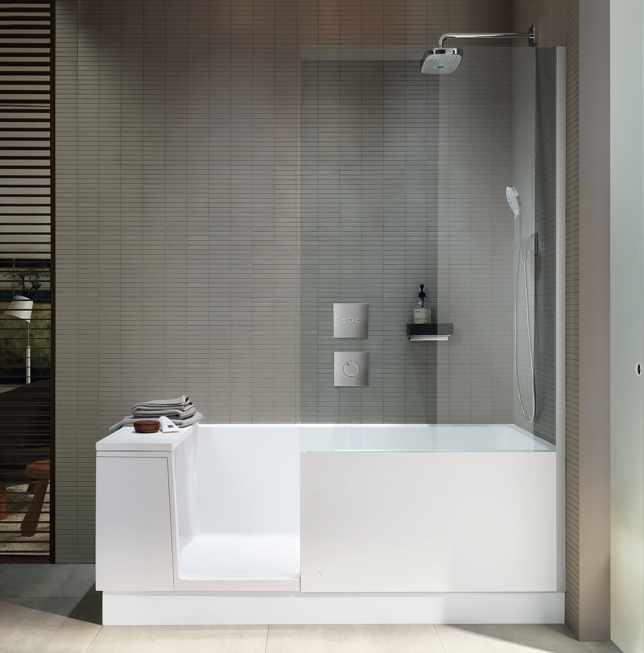 t l chargez le catalogue et demandez les prix de shower bath by duravit baignoire avec douche. Black Bedroom Furniture Sets. Home Design Ideas