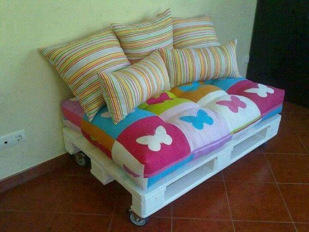 22 estupendos sillones y sof s hechos de palets de madera diy muebles palets y madera - Reciclaje de pales ...