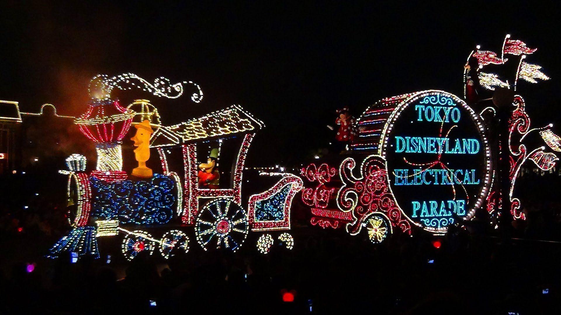 Tokyo Disneyland Electrical Parade Dream Lights in 3 minutes Japan