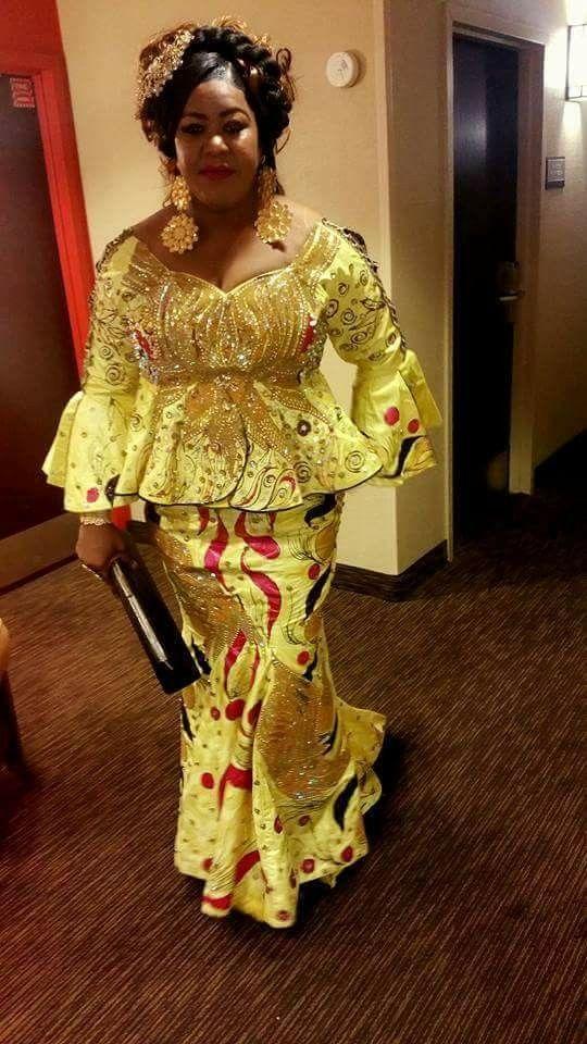 Épinglé par Ami sur Bazin Wax | Mode africaine robe, Mode africaine robe longue, Robe de soirée ...