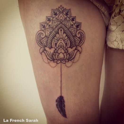 mandala cuisse mandala tattoo on thigh mandala avec plume mandala with feather la french. Black Bedroom Furniture Sets. Home Design Ideas