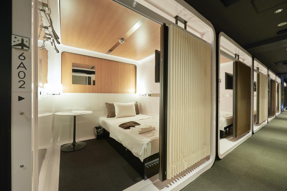 Best Capsule Hotels In Tokyo Hotel Capsula Diseno De Habitacion