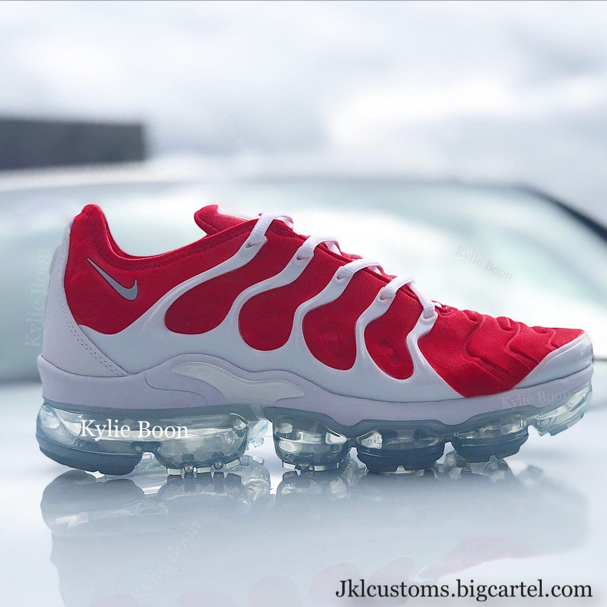 ac5096e778b1c CHILLI red Nike Vapormax Plus custom by Kylie boon kylieboon.bigcartel.com