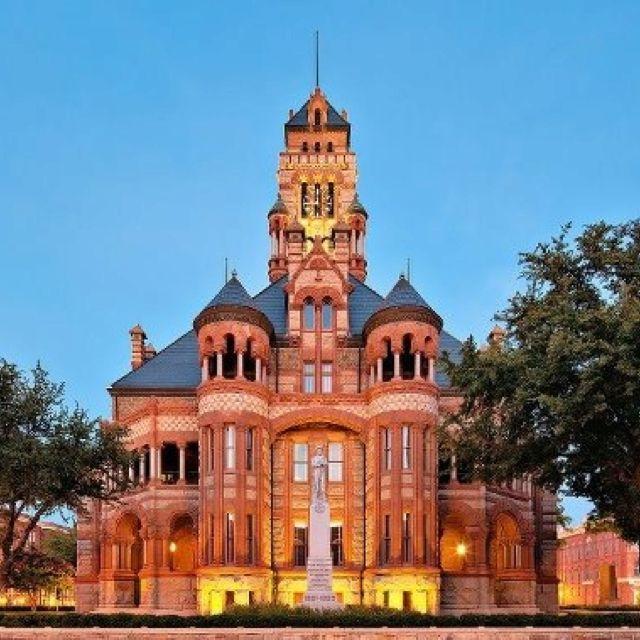 Waxahachie Wedding Venues: Ellis County Courthouse, Waxahachie, Texas.