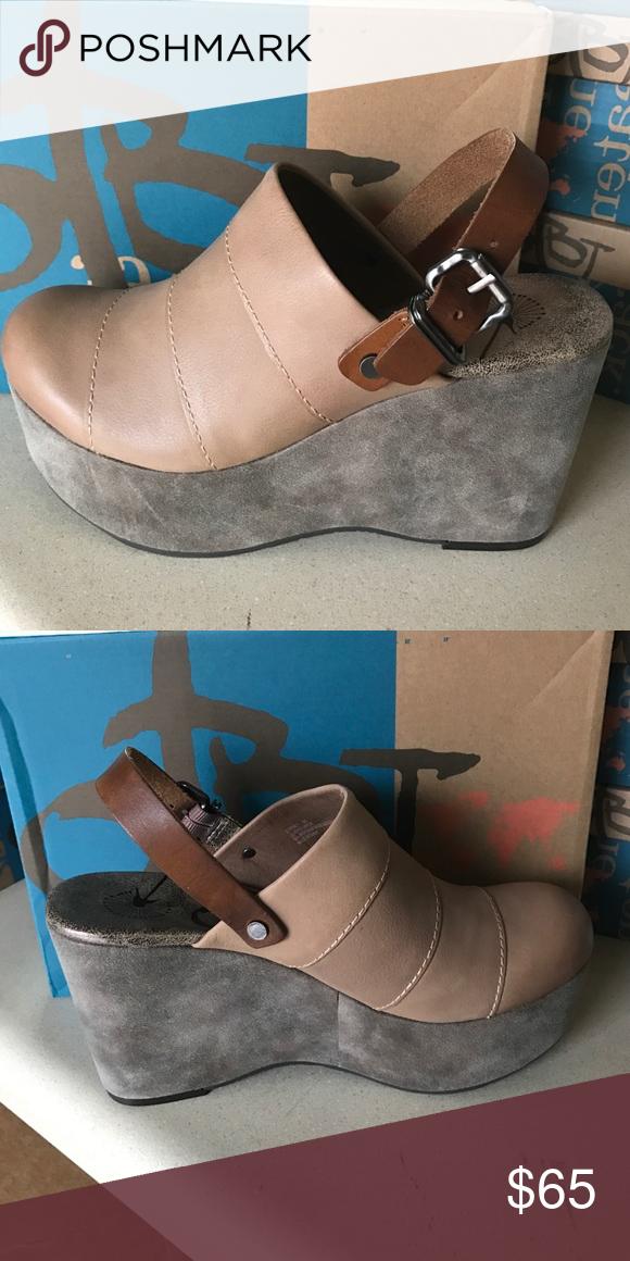 4de58af1ac6 OTBT JOurney in Pecan Brand new in box OTBT Journey Wedges OTBT Shoes Wedges