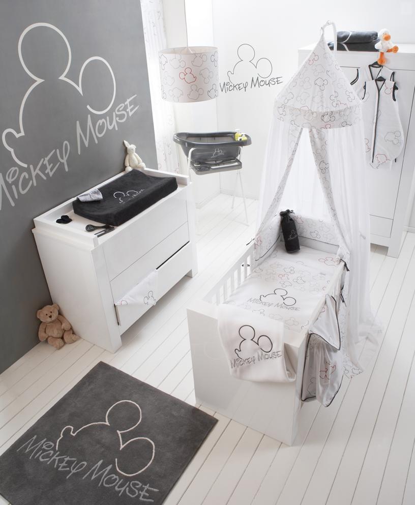 grijze #mickeymouse #babykamer inrichting. #behang, #textiel en, Deco ideeën