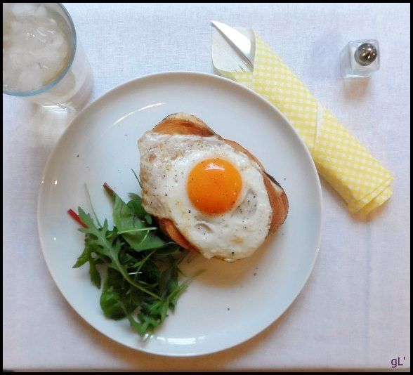Cheese sandwich and sunny side egg