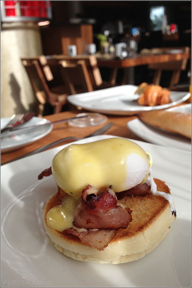 Eggs Benedict Breakfast At The Kitchen Table W Singapore Hotel Sentosa Cove Starwood Spg Hotel Asia Hotel Breakfast Food Breakfast