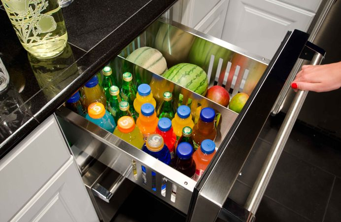 MARVEL Outdoor Refrigerated Drawer inside view