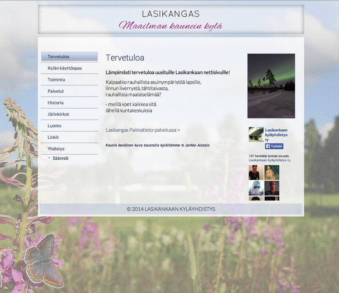 Vuodenaikojen mukaan vaihtuvalla teemalla sivusto Maailman kauneimmasta kylästä - http://lasikangas.com/ #nettisivut #kotisivut