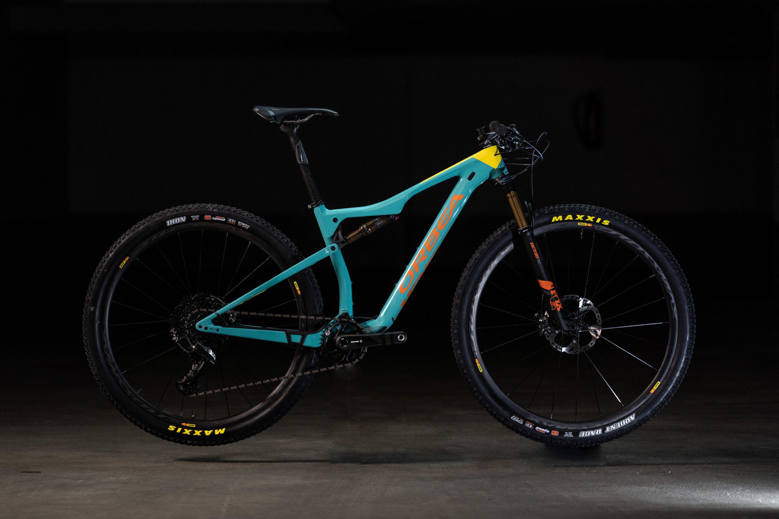 Orbea Oiz M10 Myo Im Test Individuell Schnell Mtb News De In 2020 Mountain Biking Mtb Fahrwerk