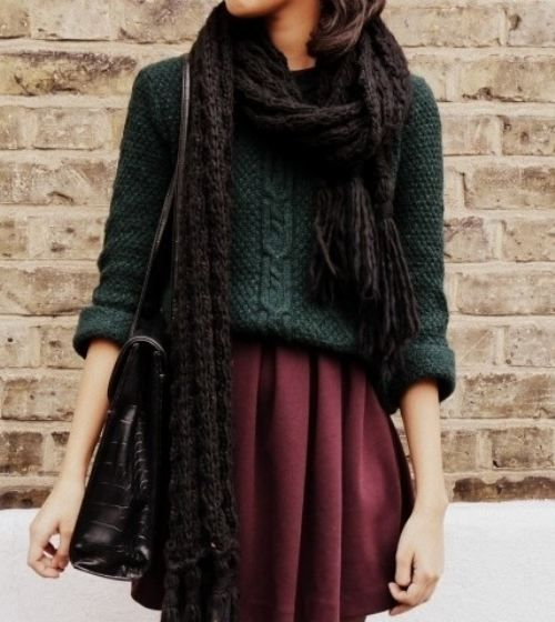 chunky sweater, chunky scarf, and pretty skirt. makes me dream of fall.