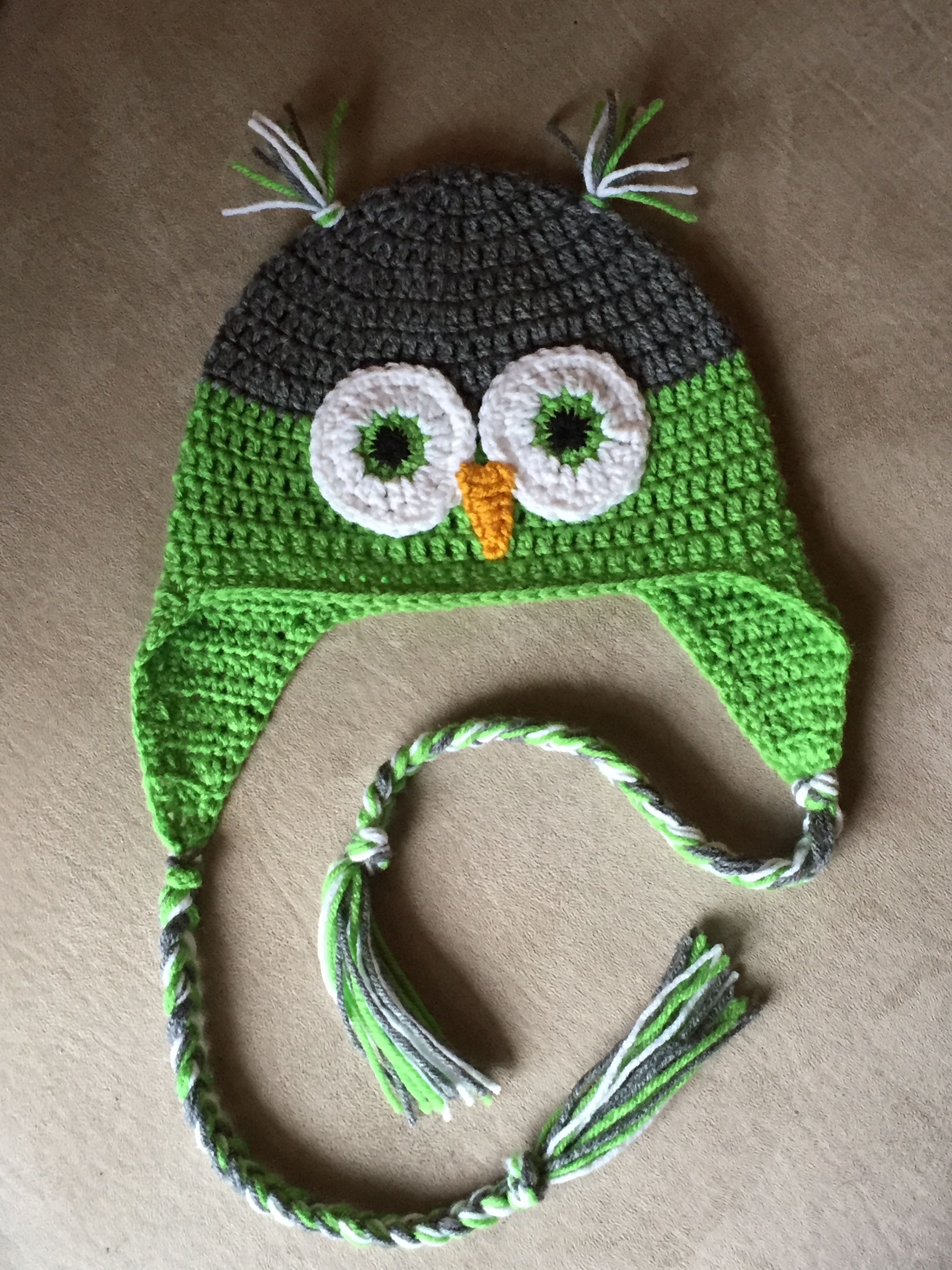 Adult owl earflap hat. From free pattern courtesy of Repeat Crafter Me 20e231593526