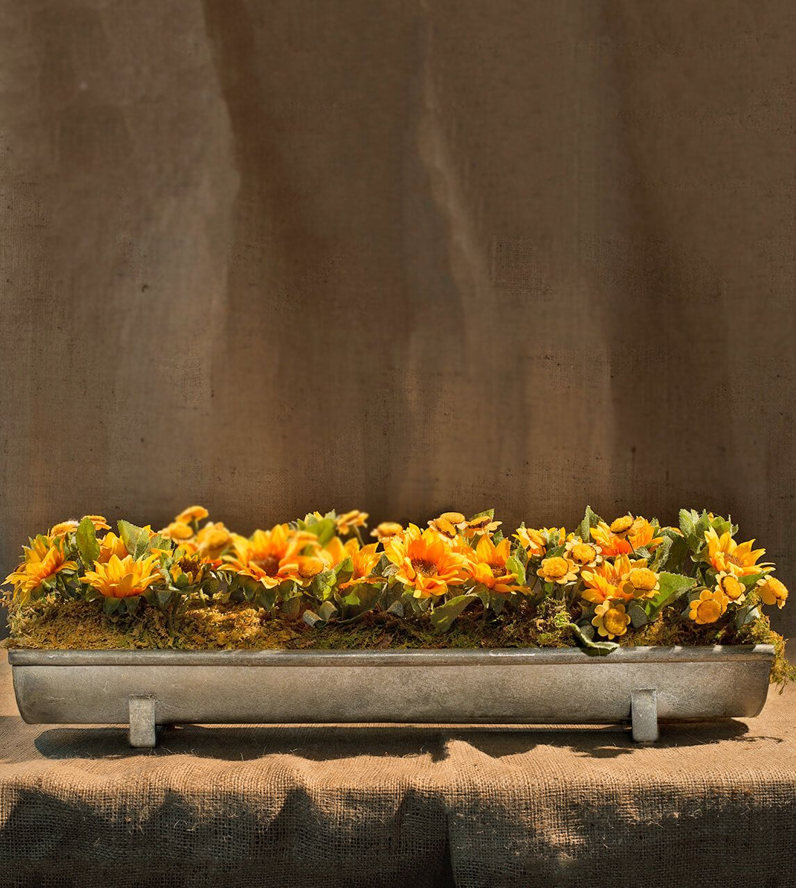 Wedding tray decoration ideas  Long metal tray for a uniquecenterpiece at a rustic wedding or