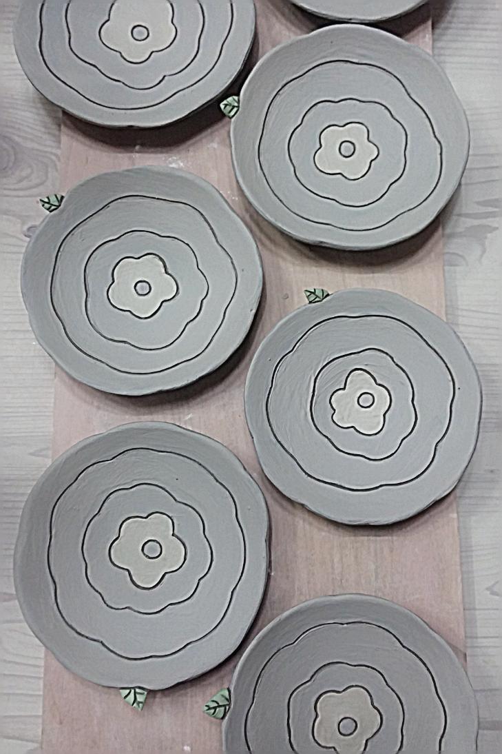 Pin De Gladys Carrera En Ceramica Pinterest Cer Mica Platos Y  # Muebles Kestler