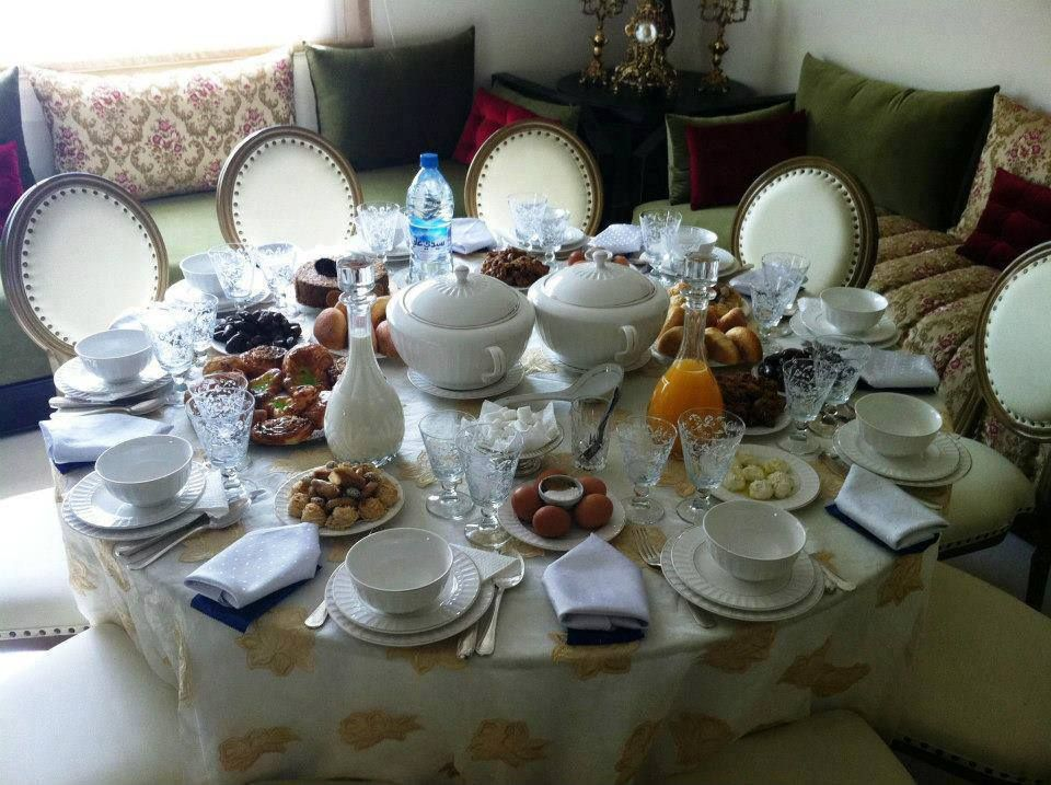 A Table Set Properly The Beauty Of Ramadan 3 Ramadan Table
