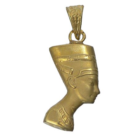 Pendant representing the bust of Nefertiti – Egyptian queen bride of Ekhnaton