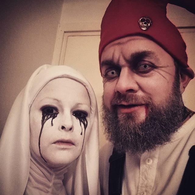 DIY American Horror Story Asylum Weeping Nun Halloween Costume Idea - diy halloween costume ideas for women