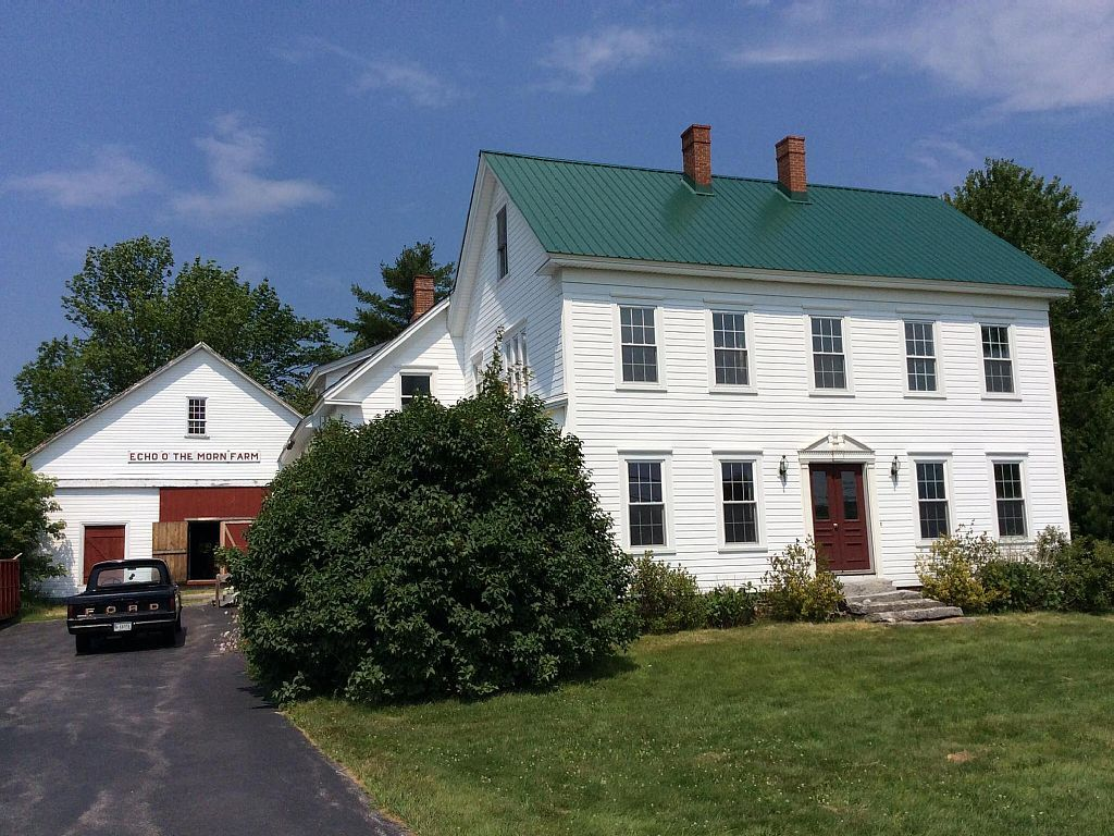 beautiful furnished colonial farmhouse for winter rentals