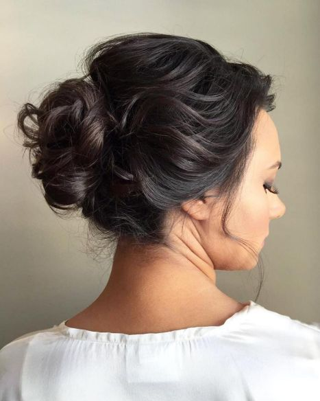 60 Updos for Thin Hair That Score Maximum Style Point #bunupdo