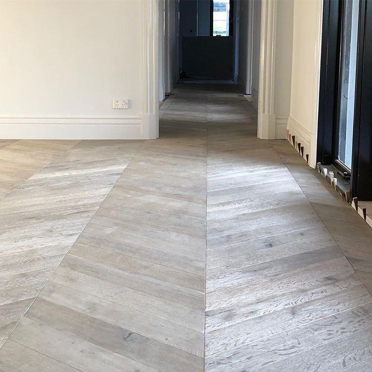 Floor Nordic Blonde Chevron Parquetry By Kustomtimber Going In This Week Blonde Flooring Rebecca Judd Flooring
