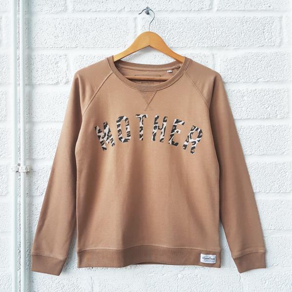 a18ae568ebc4 Leopard MOTHER Boyfriend Sweatshirt | Xmas list 2018 | Sweatshirts ...