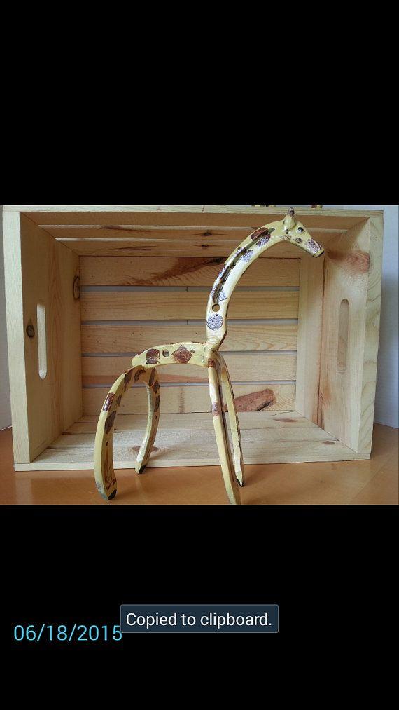 Horseshoe Art, Giraffe Statue, Garden Art, Horseshoe Giraffe, Zoo Animal,  Spring