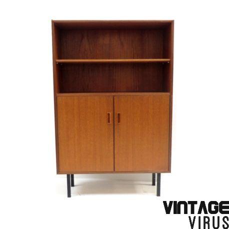 Vintage dressoirkastje teak