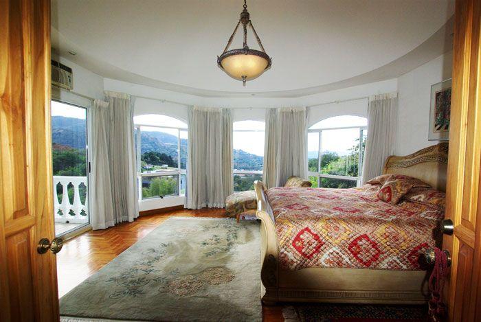 Furnished mountain home in condominium at Alto de las Palomas