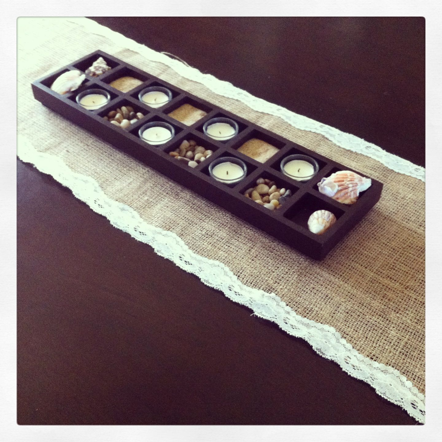 DIY burlap and lace table runner.