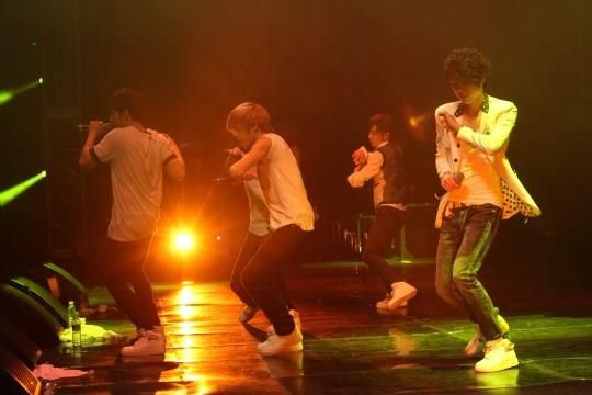 INFINITE RALLY CONCERT (FANMEETING)