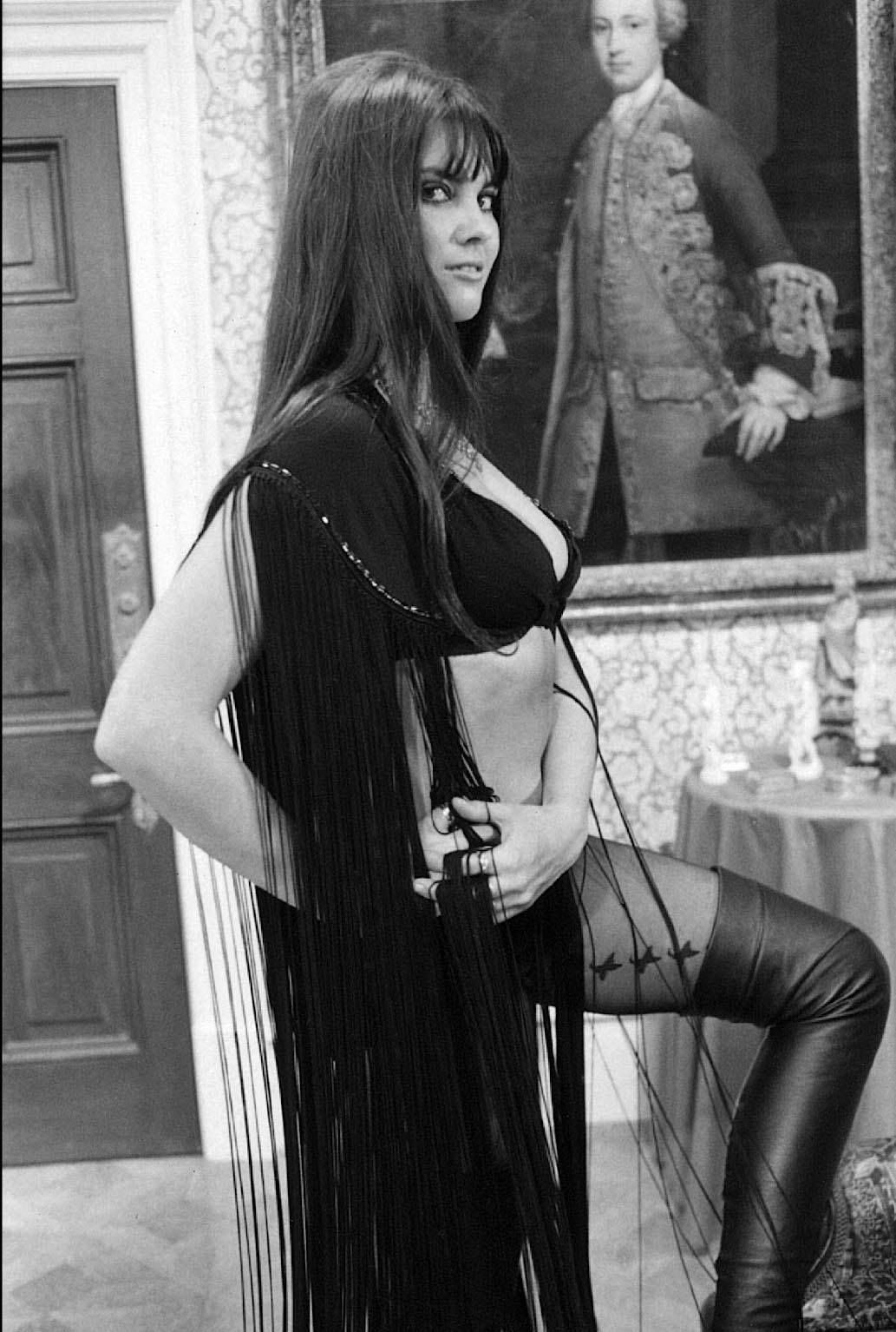 photo Caroline Munro (born 1949)