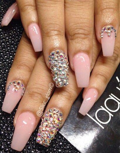 Natural Rhinestone Nails Rhinestone Nails Diva Nails Nails Design With Rhinestones