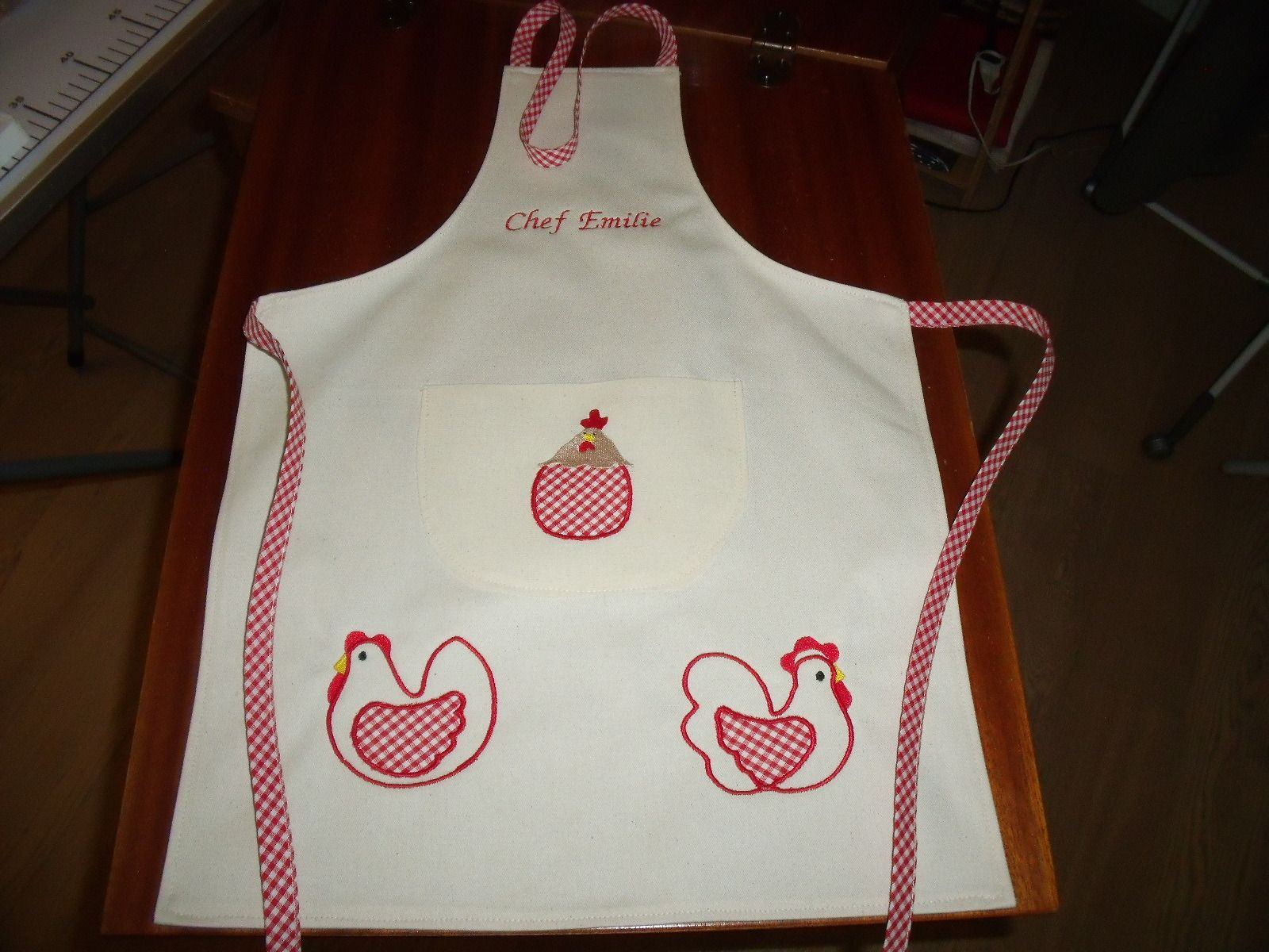 Tablier cuisine enfant personnalisable au pr nom ou - Tablier de cuisine pour petite fille ...