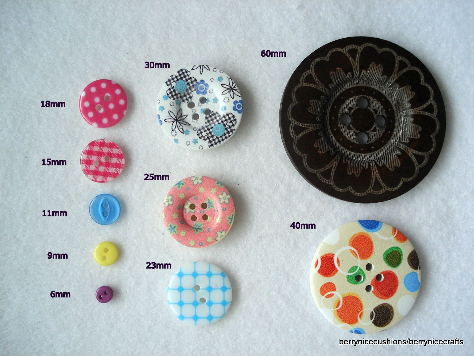 3mm Thick Craft 20 x 20mm Black Resin Buttons Large 4 Holes 2mm Wide